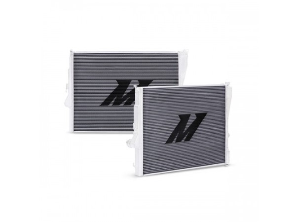 Mishimoto BMW E46 Non-M Performance Aluminum Radiator, 1999-2006 Manual